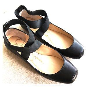 Jessica Simpson Mandalaye ballet flats.